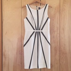 Vera Wang white and black cocktail dress size 10